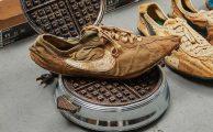 437.500 dollárért kelt el egy pár régi cipő