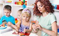 Így kössük le gyermekünk figyelmét a lakásban